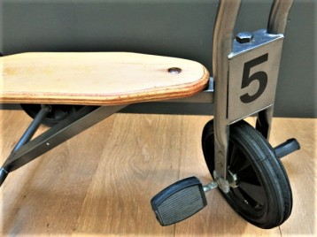 Tricycle (1)